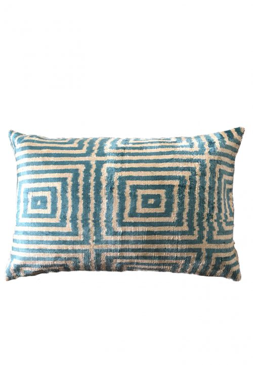 ikat kussen Piece of pillow the soul collection